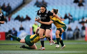 Black Ferns back Ruahei Demant on attack.