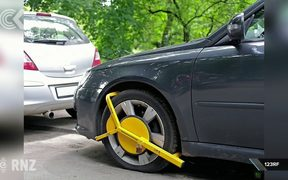 Government to cap wheel clamping fines