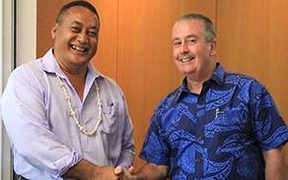 Ulu-o-Tokelau Siopili Perez and David Nicholson.