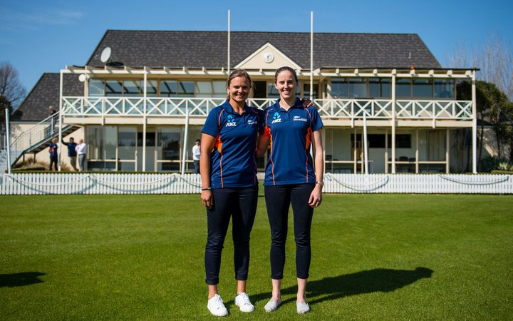 Suzie Bates (left) at the announcement that she will stand down as White Ferns Captain, with Amy Satterthwaite taking on the new role.