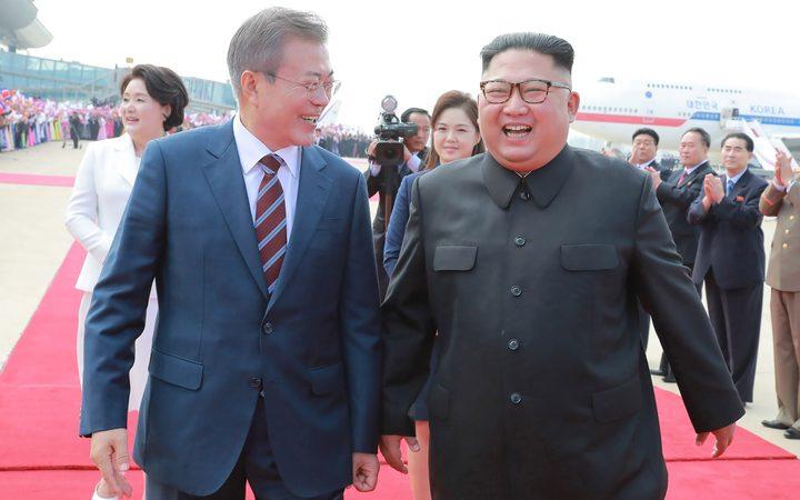 North and South Korea: Kim and Moon hail new future | RNZ News