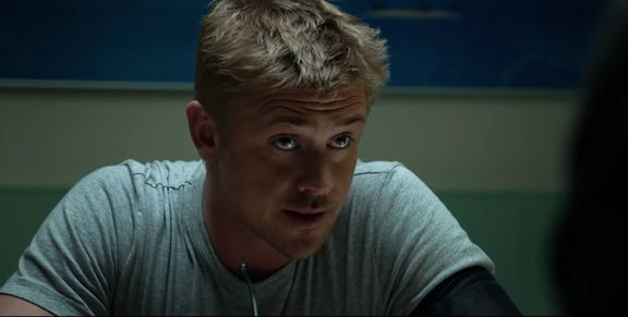 Boyd Holbrook as McKenna in The Predator (2018).