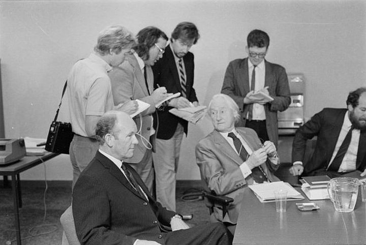 At the inquiry, in Wellington, into the sinking of the Russian cruise ship Mikhail Lermontov, 24 February 1986. Includes Marlborough Harbour Board pilot Captain Don Jamison (left foreground), and, to his right, his counsel Mr Alister Macalister.