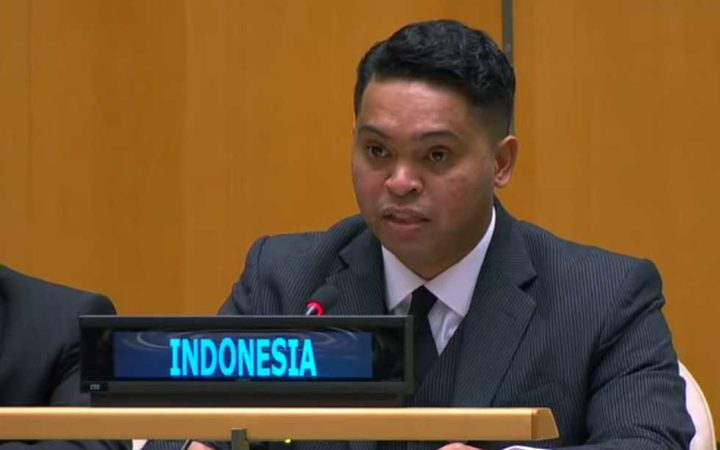 Indonesian official giving his country's right of reply at the United Nations to criticism of its human rights record in Papua.
