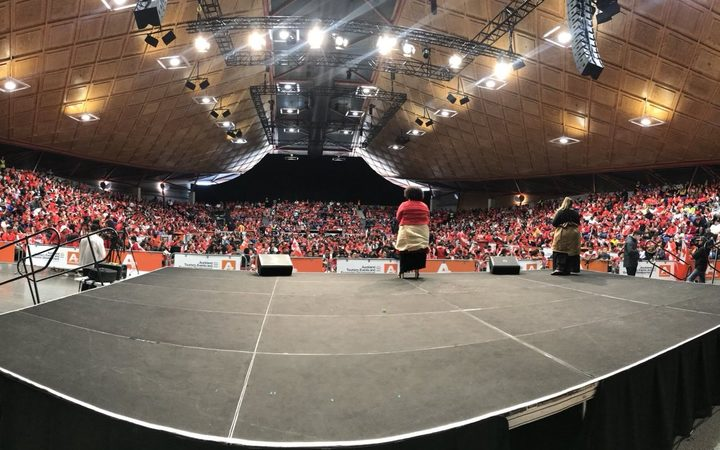 Thousands turn out to welcome Mate Ma'a Tonga in Auckland