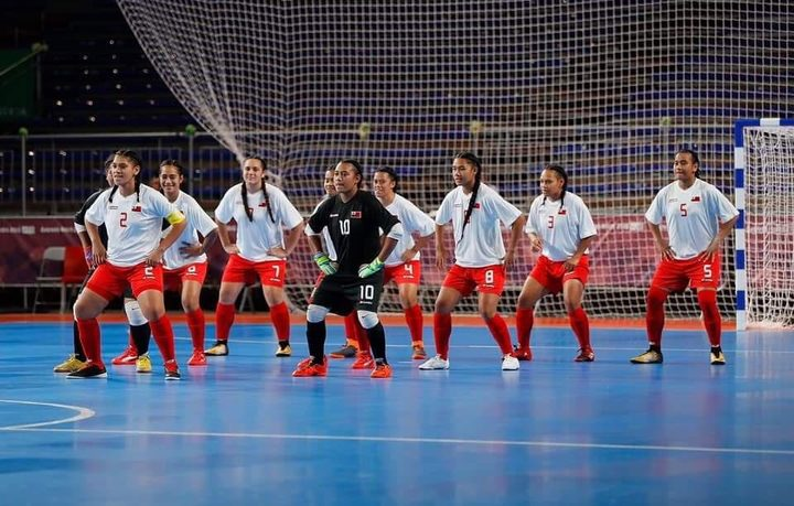 The Tonga women's futsal team lay down a challenge pre-match.