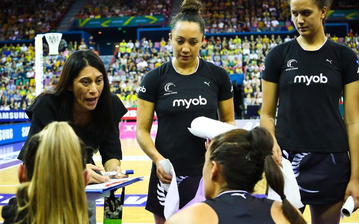 Head coach Noeline Taurua directing the Silver Ferns in between quarters