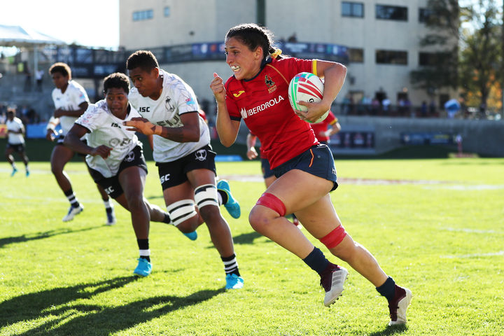 Spain's Amaia Erbina races away from the Fiji defence during the Challenge Trophy final.