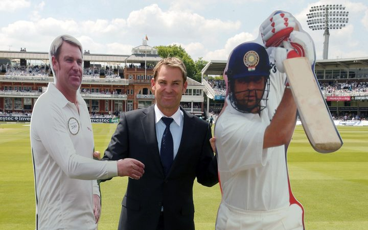 Shane Warne meets himself and opposing captain Sachin Tendulkar (to publicise an MCC cricket match in 2014.