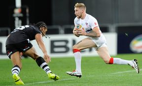 Recalled fullback Sam Tomkins scored the opening try for England in Hull.