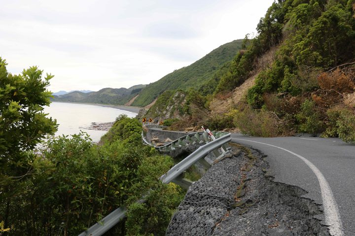 Huge slips block state highway 1, cutting off Rakautara from the rest of New Zealand