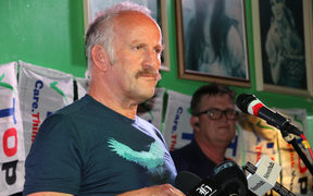 Gareth Morgan speaks to the TOP faithful on Election Night.