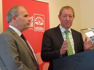 Auckland Mayor Len Brown and Housing Minister Nick Smith.