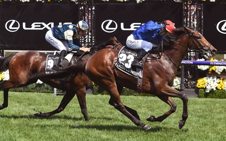 Cross Counter wins the 2018 Melbourne Cup.