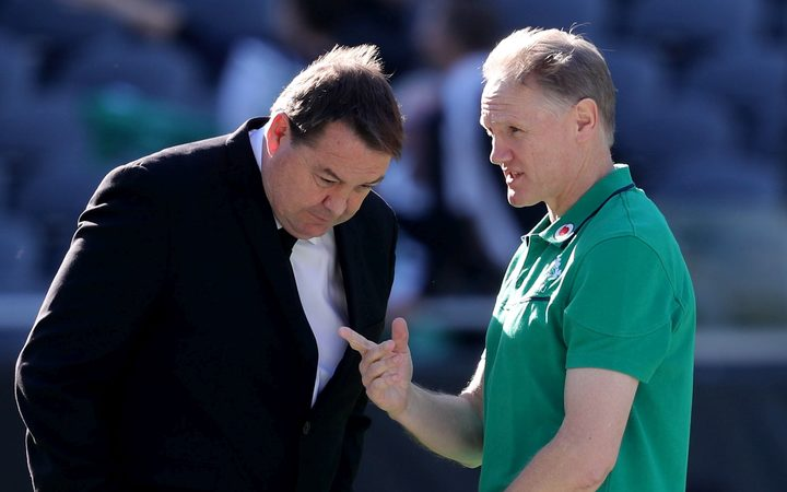 Steve Hansen said he will be happy to offer his advice to Ireland coach Joe Schmidt.