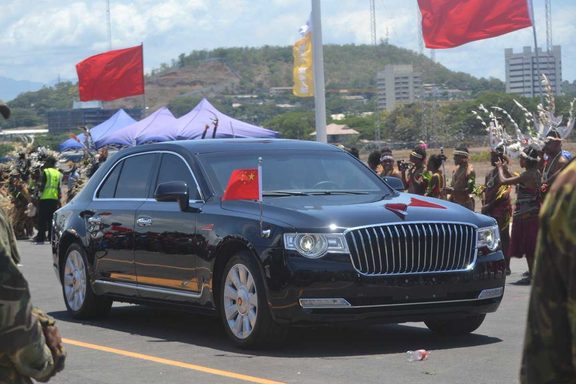 Chinese President Xi Jinping's Red Flag Hongqi sedan travels with motorcade in Port Moresby, 16 November 2018.