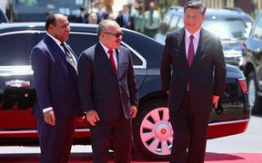 From left: PNG's Foreign Minister Rimbink Pato, Prime Minister Peter O'Neill and Chinese President Xi Jinping at the APEC leaders summit in Port Moresby, 17 November 2018.