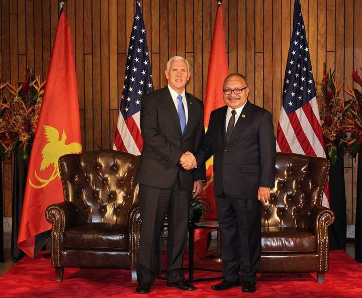 US Vice President Mike Pence and Papua New Guinea Prime Minister Peter O'Neill during the 2018 APEC Leaders Summit in Port Moresby.
