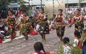 School children from Tonga's Nuku'alofa Primary School.