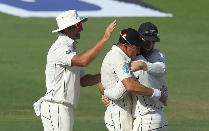 NZ bt Pakistan by 4 runs in Test thriller