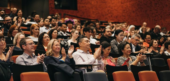 The audience applauds the speaker at the 2018 Reeves Lecture, held at the Auckland University of Technology