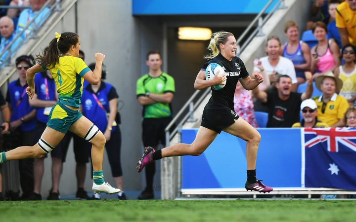 b876b7221c18 Kelly Brazier sprinted 90 metres to score the winning try for the New  Zealand women s sevens