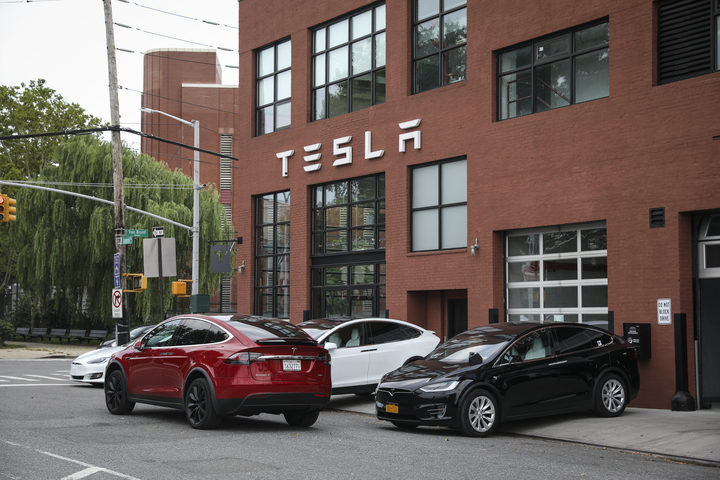A Tesla dealership in Red Hook, Brooklyn, August 7, 2018 in New York City. Elon Musk told Tesla employees he is considering taking the electric car company private. Shares of Tesla rose over 10 percent after the announcement.