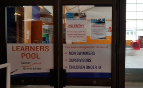The the learner's swimming pool in the Lower Hutt suburb of Naenae has been closed because the building is earthquake prone