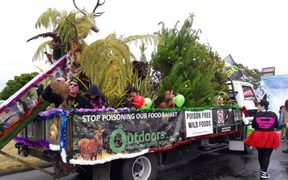Anti-1080 float in Taupo Christmas Parade.