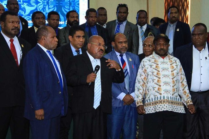 Papua governor, Lukas Enembe, speaks to a plenary meeting of the provincial parliament about armed conflict in the Highlands.