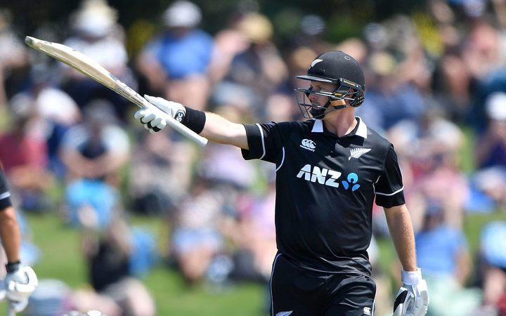 Blackcaps' Colin Munro celebrates 50 against Sri Lanka 2018.
