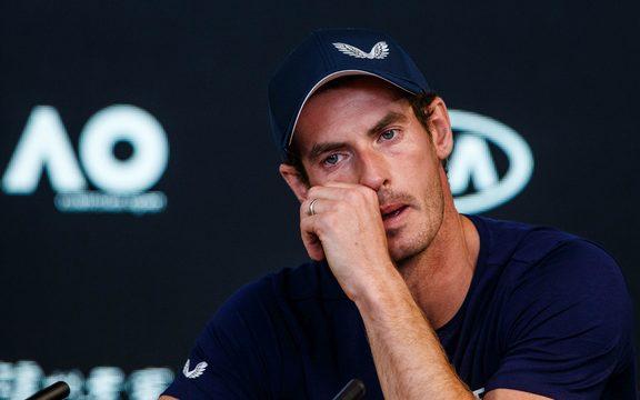 英国网球明星安迪·穆雷在澳大利亚公开赛上举行情感新闻发布会。