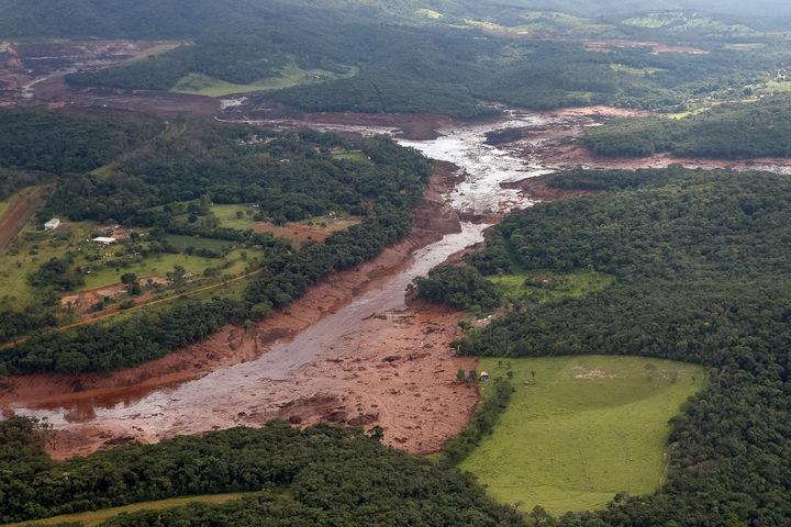24000 evacuate amid risk of new Brazil dam burst