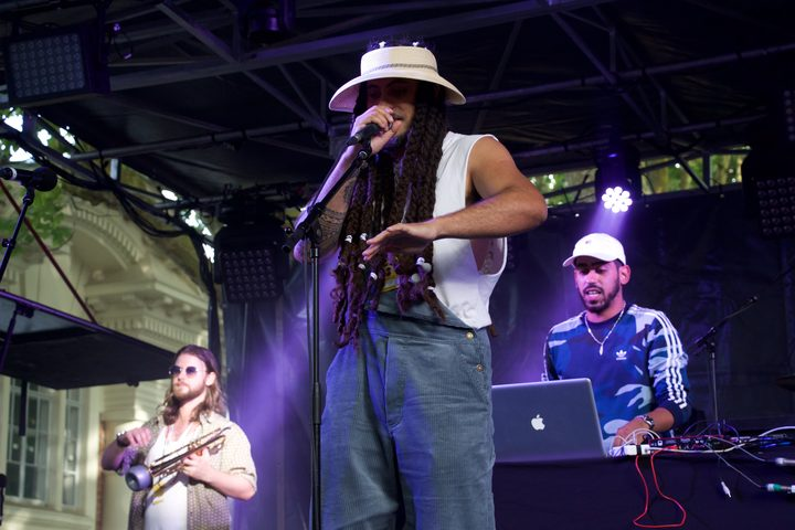 Melodownz and IllBaz performing as part of collaborative project High Beams at Laneway 2019