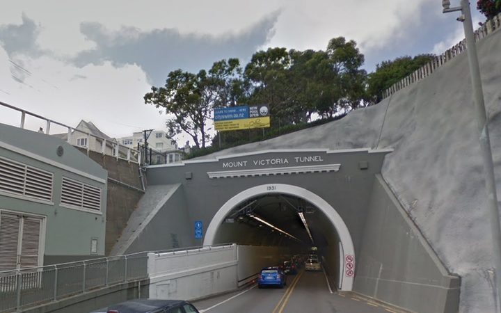 Mt Vic Tunnel: Let the people beep! | RNZ News