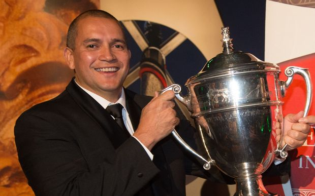 Dion Maaka with the Ahuwhenua Trophy.