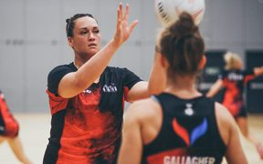Strathclyde Sirens goal shooter Catherine Tuivaiti at training