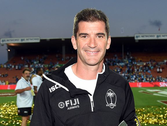 L'allenatore delle Fiji Gareth Baber dopo la sua vittoria ad Hamilton.
