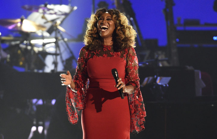"Yolanda Adams performs ""I Will Always Love You"" at MusiCares Person of the Year honoring Dolly Parton"