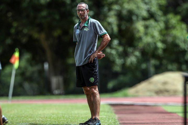 AS Tefana's coach Franck Mathieu.
