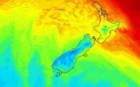 Blue areas of the map show cooler weather sweeping up the South Island over the weekend.
