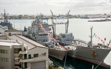 NZ ships Te Kaha and Endeavor berthed during RIMPAC 2012.
