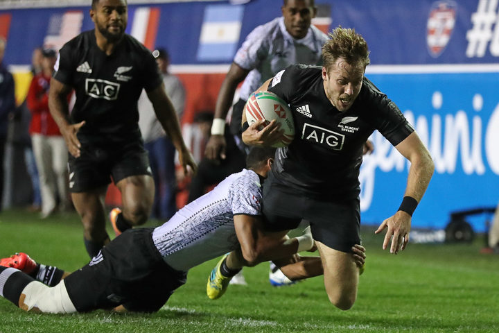 Fiji's title hopes were ended by New Zealand.