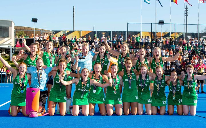 Ireland players celebrate with their World Cup silver medals 2018.
