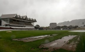 Rain has delayed the start of the second Test between the Black Caps and Bangladesh.