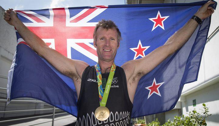 新西兰的Mahe Drysdale在2016年里约奥运会男子单打比赛中获得金牌。