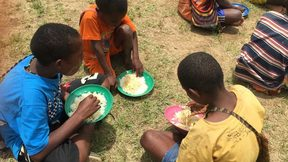 Food conditions for Papuan refugee children in Wamena.