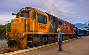 KAIKOURA, NEW ZEALAND - DECEMBER 10: KiwiRail DXC 5520 Diesel Locomotive passenger train waiting at station in Kaikoura, New Zealand