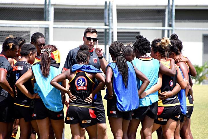 Coach Paul Tietjens issues instructions during a recent PNG Palais 7s training camp.