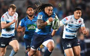 Ma'a Nonu heads for the try line against the NSW Waratahs.